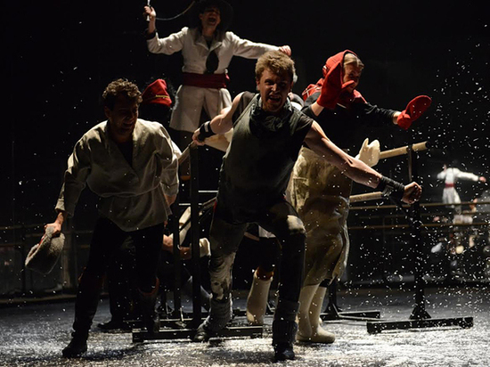 Театр из Самары пересмотрел «Историю лошади»: Холстомер помолодел