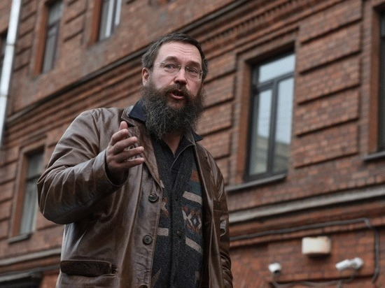 Как Герман Стерлигов продавал петербуржцам буханки по 750 рублей за штуку