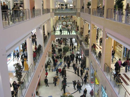 В Москве перестали строить торговые центры