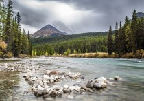 Группа исследователей, представляющих ряд американских и канадских научных организаций, сообщила, что в прошлом году свое существование прекратила река Слимс на территории Канады