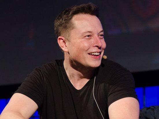 Илон Маск пообещал сделать людей телепатами через восемь лет