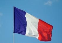 После первого тура выборов президента Франции лидируют Макрон и Ле Пен