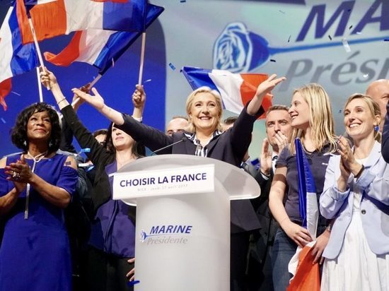 Старший Ле Пен уверен в победе дочери: