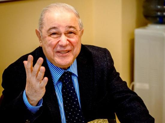 Другой Петросян: у кого хранятся самые ценные юмористические издания России