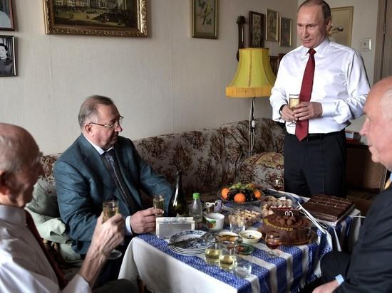 Путин встретился со своим начальником по КГБ в Дрездене