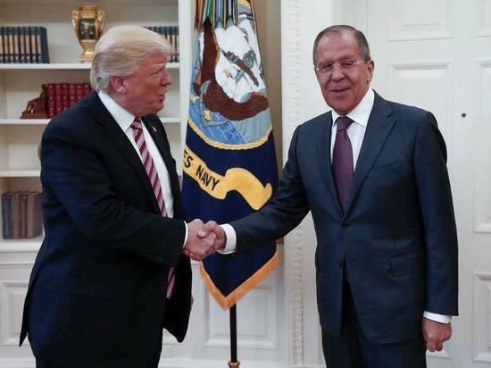 СМИ сообщили, что президент США поделился с российским министром информацией о террористах