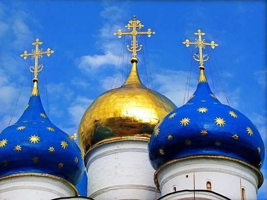 В РПЦ ответили Познеру: россиянам можно быть атеистами