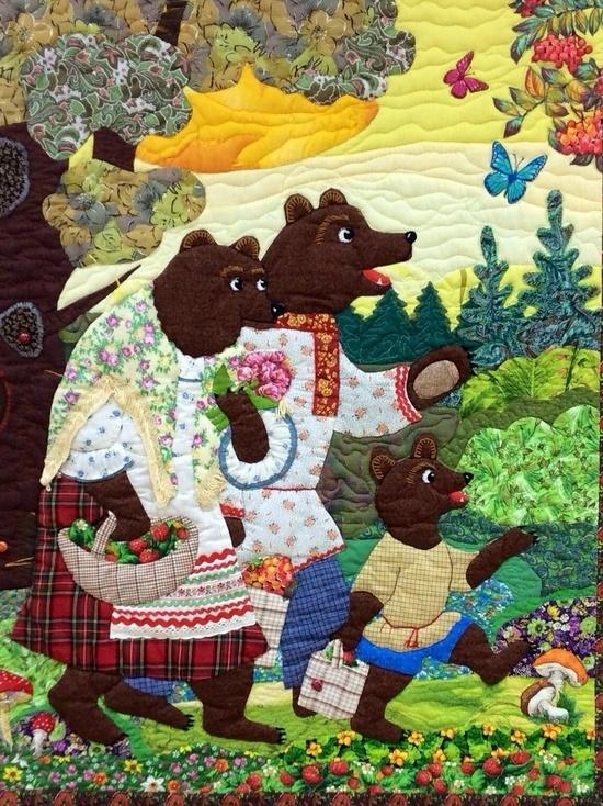 Во владимирском Доме фольклора работает выставка «Лоскутная сказка»