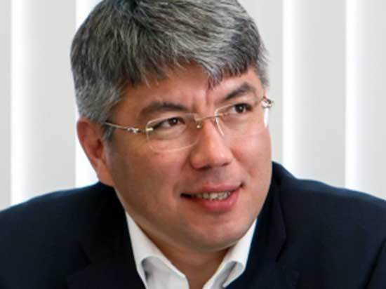Советы Алексею Цыденову: «Поменьше политики, побольше дел»