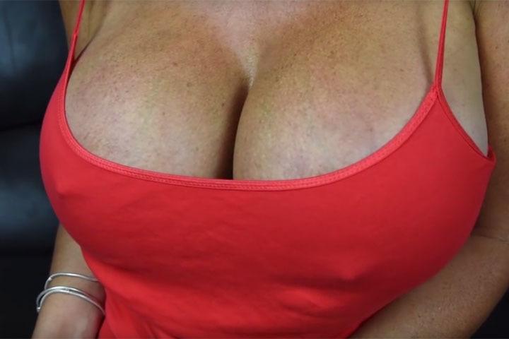 самая большая обвисшая грудь - 5