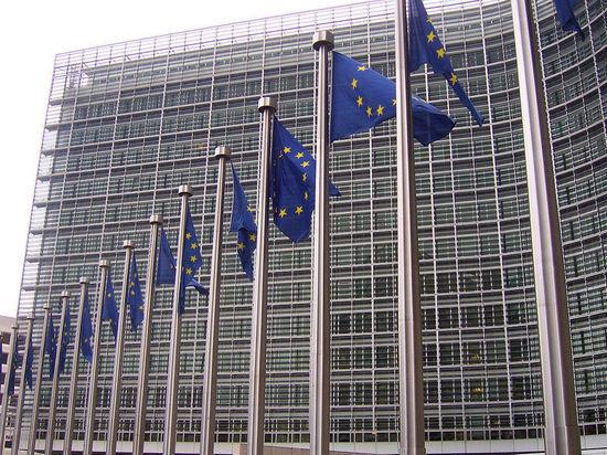 Крымчане могут поехать без виз в Европу по украинским паспортам