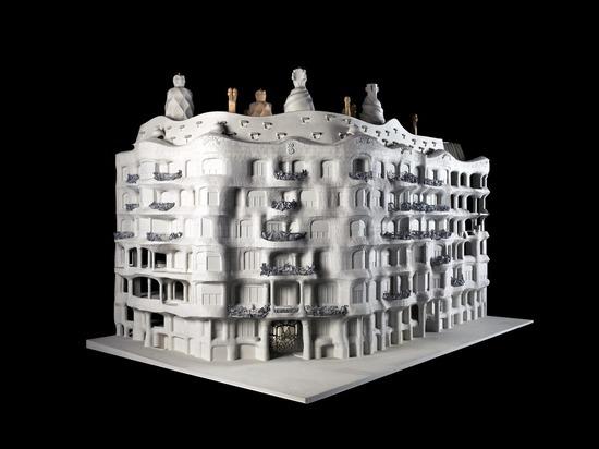 Музей современного искусства на Петровке устроил выставку в честь великого каталонца