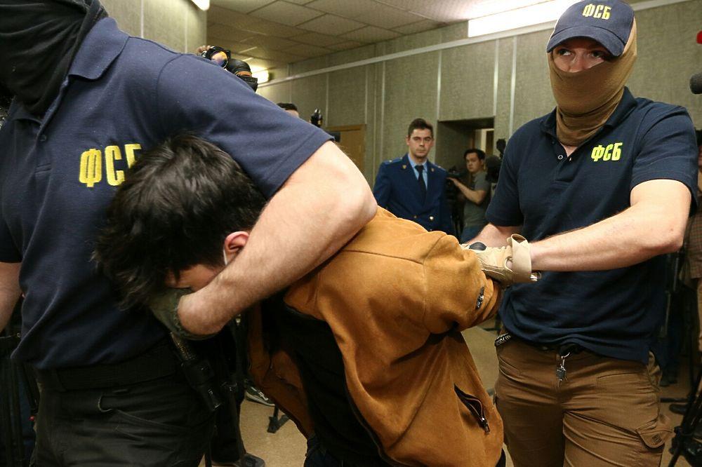 Кто готовился подорвать москвичей: арестованы все четверо предполагаемых террористов