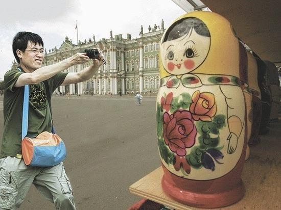 Как в Петербурге из китайских туристов выкачивают деньги их же соотечественники