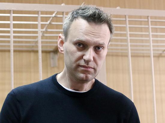 В суд по иску Усманова Навальный пришел