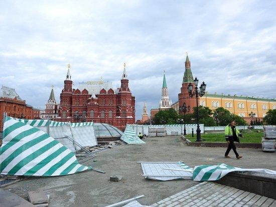 Секс на красной площади в москве