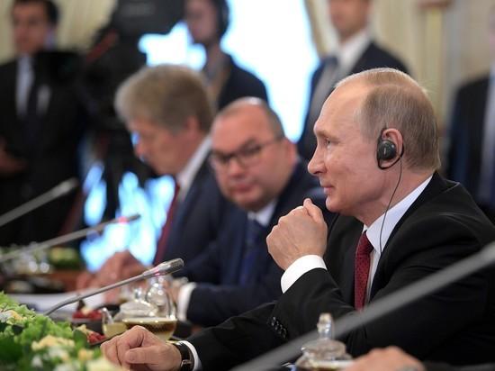 """Он также заявил, что будет терпеливо ждать окончания """"русофобский истерии"""""""