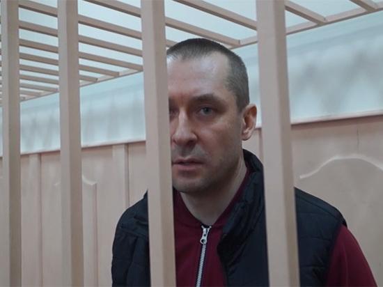 Арест Захарченко продлили до осени, задержан курьер, доставлявший ему миллионы