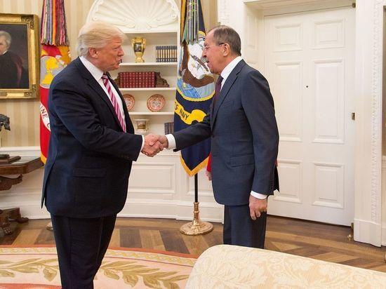 Трамп может вернуть России арестованные Обамой дипломатические дачи