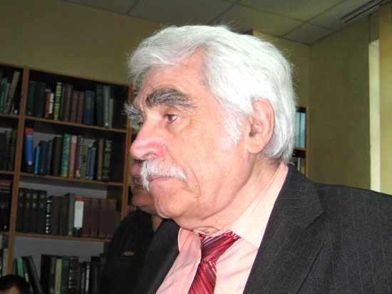 О встрече с читателями и еще не напечатанной поэме Бориса Мариана «Зона»