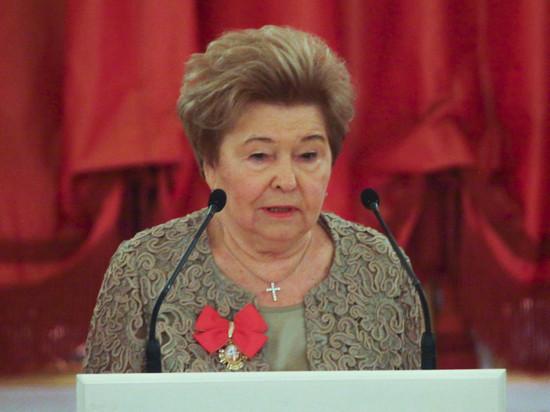 Вдова первого президента вновь призвала не называть эти годы «лихими»
