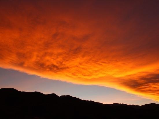 Специалисты NASA запустят над США красные и зеленые облака