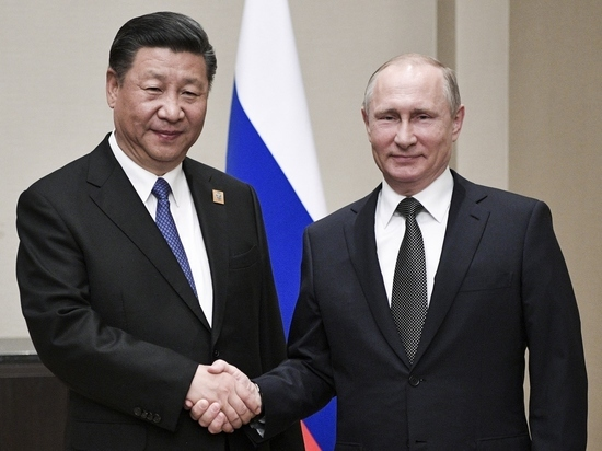 Лидеры России и Китая встретились в Астане