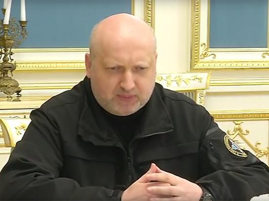 Турчинов призвал применить армию против