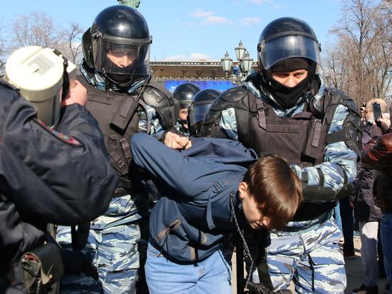 Навальный остался один: 12 июня раскололо оппозицию и правозащитников