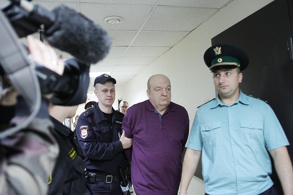 Экс-глава ФСИН Реймер признан виновным в хищении более миллиарда рублей