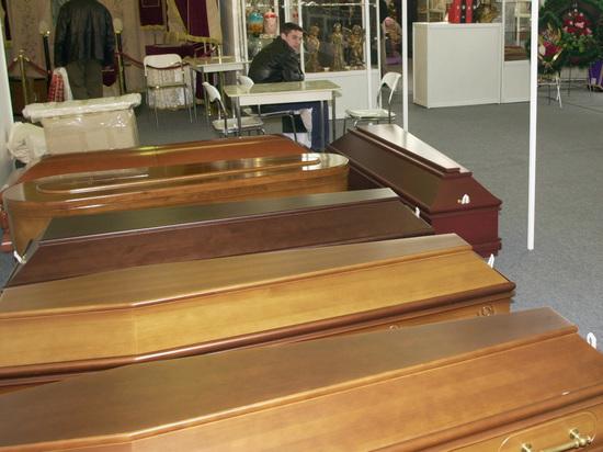 В Москве конкуренты избили похоронных агентов за низкие цены