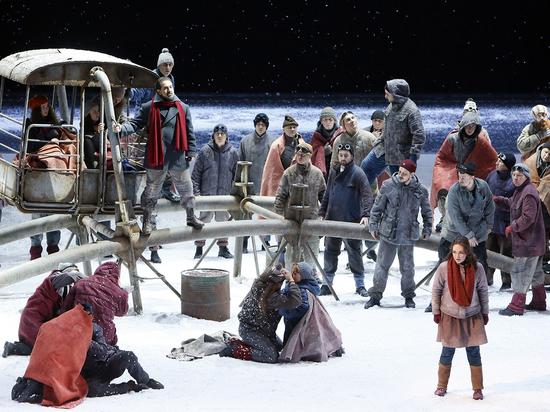 В Большом театре растопили «Снегурочку» прожекторами