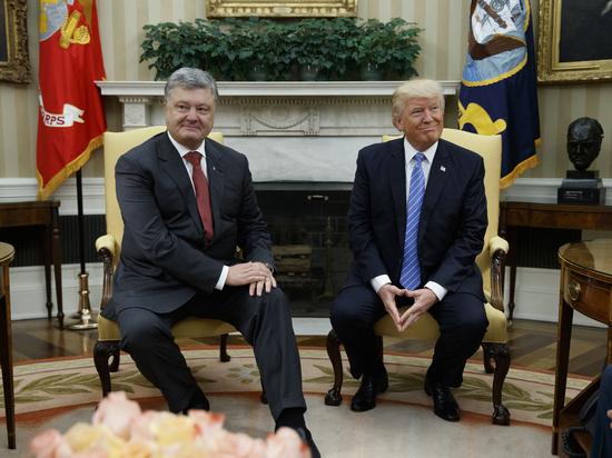 Подчиненное положение: Порошенко приняли в Белом доме как собственного клерка