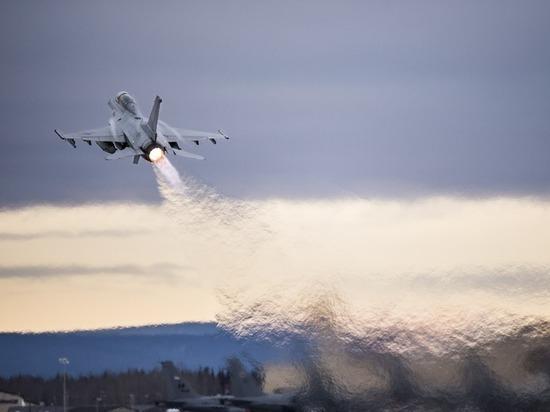 F16 в итоге отогнал российский Су-27