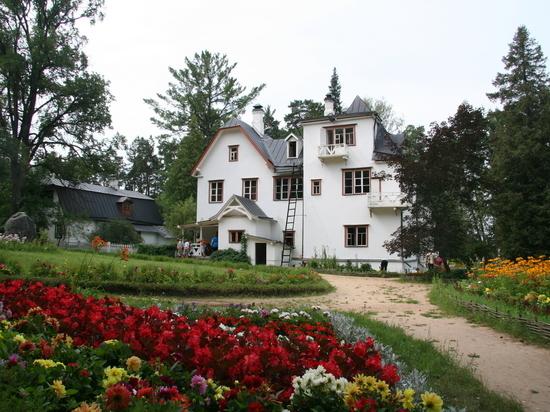 «В поисках земли обетованной»: в усадьбе художника Поленова начинается фестиваль