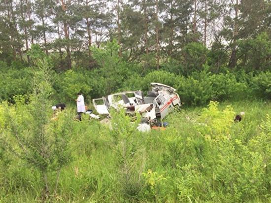 Водитель нагайбакской «скорой» пролетел 10 метров, ломая своим телом деревья