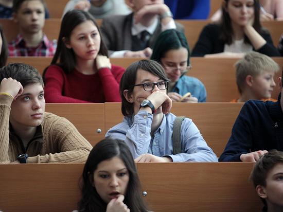 Минобрнауки предложило проводить школьные олимпиады под присмотром общественных наблюдателей