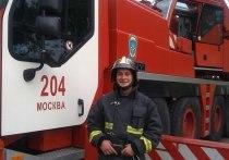 Надевать шапку и фуражку набекрень запретит МЧС пожарным и спасателям