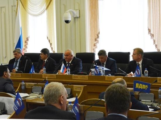 Лидеры фракций Облдумы отметили эффективную работу администрации Костромской области