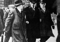 «Ленин и компания — шпионы»