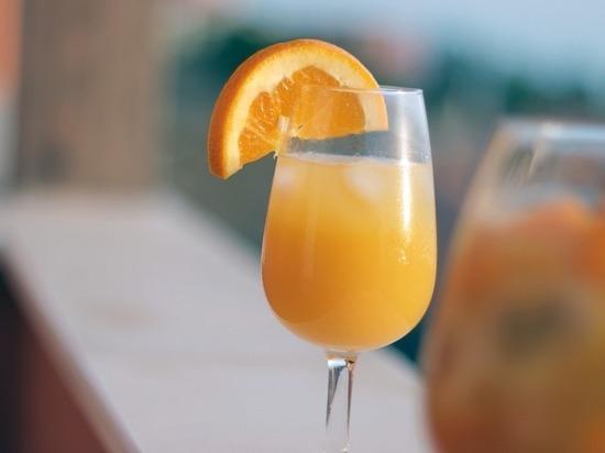 Пить правильно: названы пять самых полезных соков