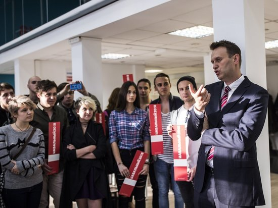 «Мы для него пехота»: избитый волонтер Навального отказался поддерживать политика