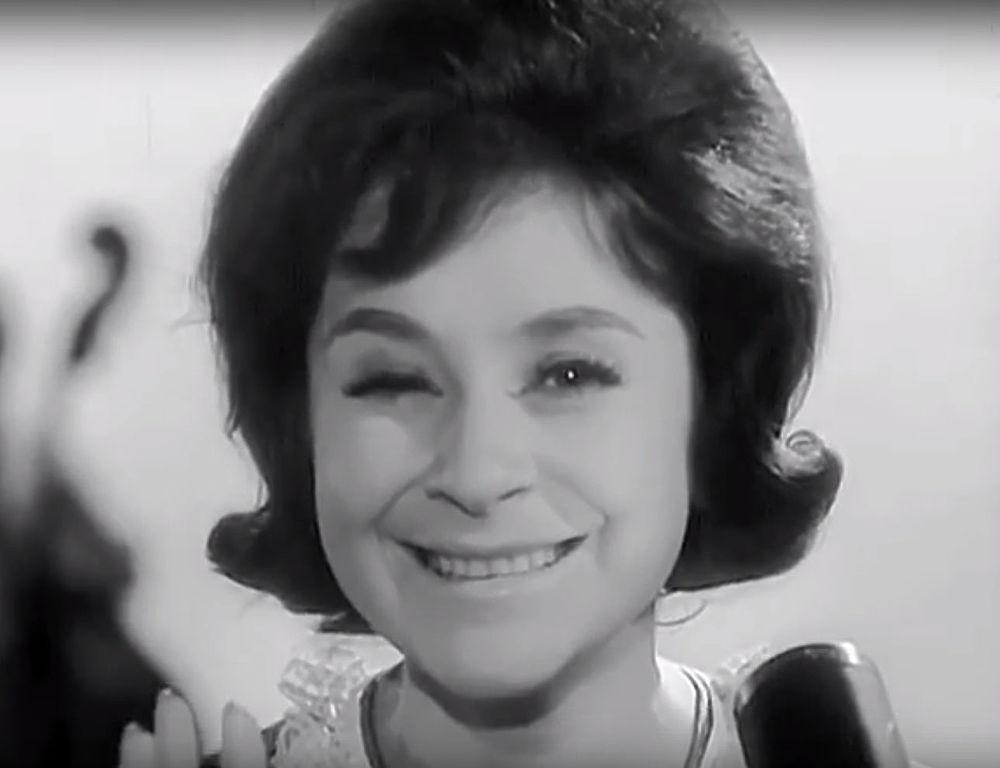 «Черный кот», «Летка Енка»: всенародно любимая Тамара Миансарова на сцене