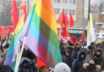 Директор омского магазина спортивного питания Андрей Чистяков объяснил,  почему он отказал местному юноше-гею в трудоустройстве
