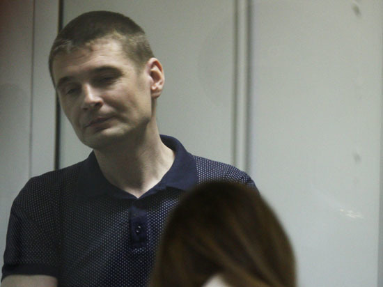 Гражданская жена убийцы сотрудников ГИБДД обещает выйти за него замуж даже в колонии