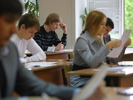 Мест в старшем звене хватит только половине нынешних выпускников