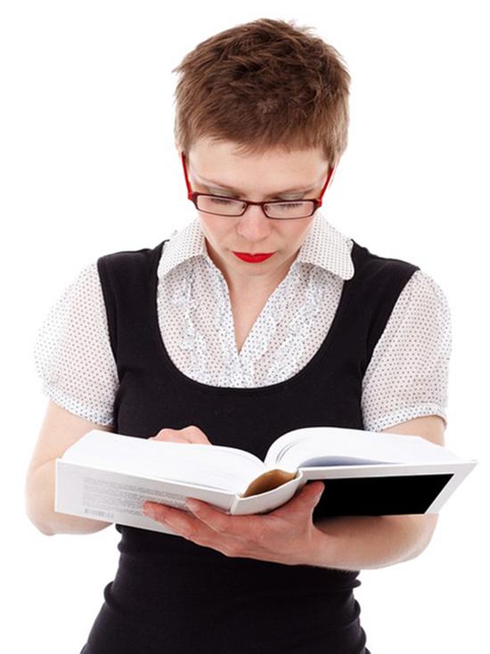Почему молодые педагоги не остаются работать в омских школах