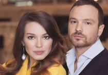 Брак одной из самых красивых пар российского кино Агнии Дитковските и Алексея Чадова на днях расторгнут решением мирового суда Москвы