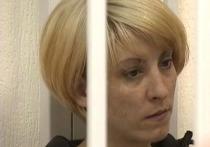 Мособлсуд в четверг оставил под стражей Ольгу Алисову, обвиняемую в смерти шестилетнего мальчика, которого эксперты признали «пьяным»