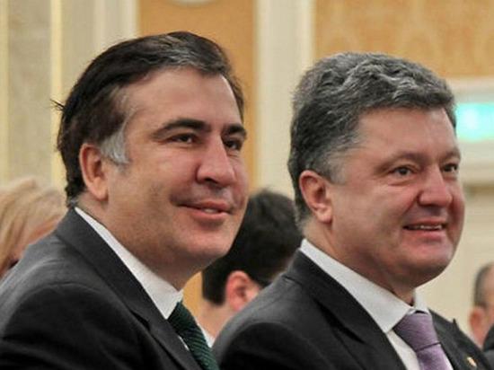 Предательство друга: Порошенко завершил политическую карьеру Саакашвили